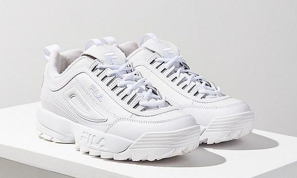 7 rekomendasi sneaker stylish