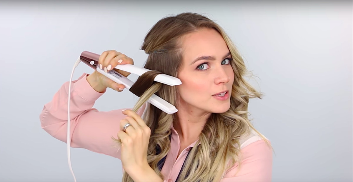 How to get wavy hair using straighteners