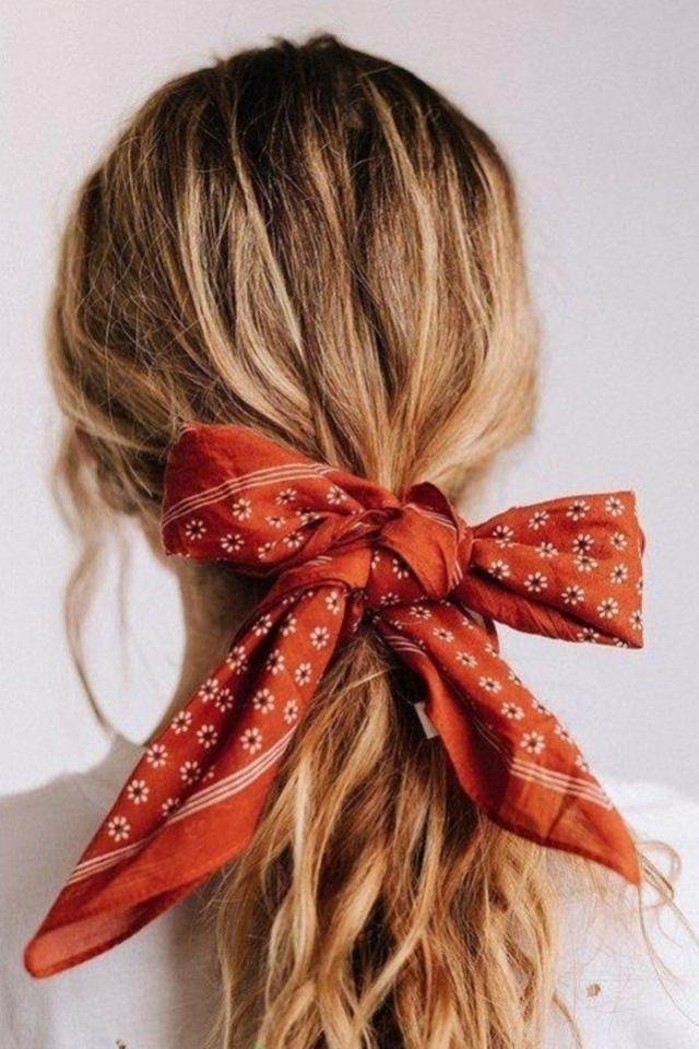 Hairstyle Praktis Untuk Tampil Fresh Saat Online Meeting