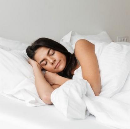Manfaat Lavender Pillow Spray Untuk Tidur Lebih Nyenyak