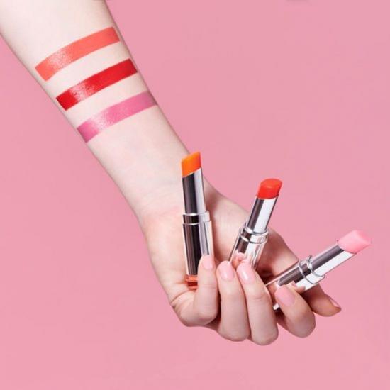 3 Produk Tinted Lip Balm Warna Keunguan dari Brand Lokal
