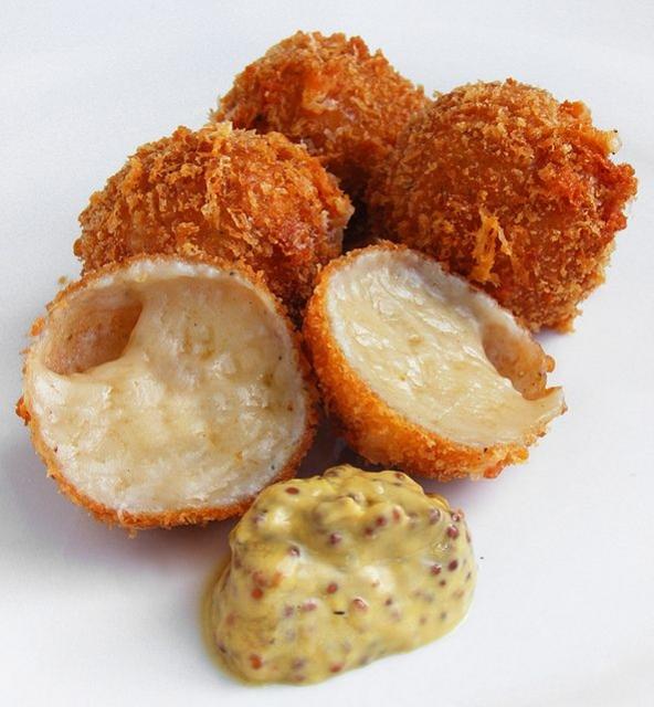 Resep Biterballen Mozzarella Untuk Snack Keluarga