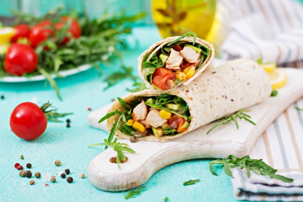 Tiga Olahan Salad Wrap Praktis
