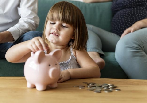 Tips Mudah Menabung untuk Anak-Anak